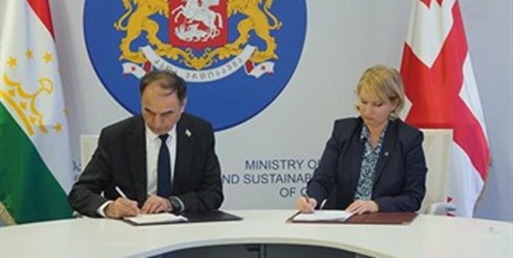 تاجیکستان و گرجستان توافقنامه حملونقل بینالمللی جادهای امضا کردند
